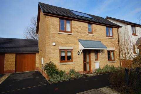 3 bedroom detached house for sale - Jubilee Close, Torrington