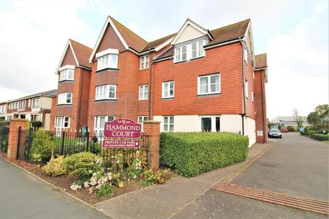 1 bedroom apartment for sale - Connaught Avenue, Frinton-On-Sea