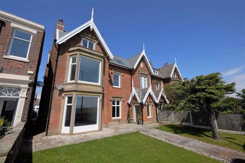 5 bedroom semi-detached house for sale - East Beach, Lytham, Lytham