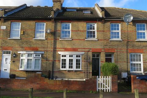 4 Bedroom Terraced House For Sale Chigwell Road South Woodford London