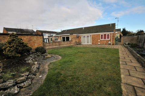 3 bedroom semi-detached bungalow for sale - Chilcourt, Royston