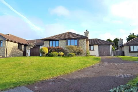 3 bedroom detached bungalow for sale - Goldsithney