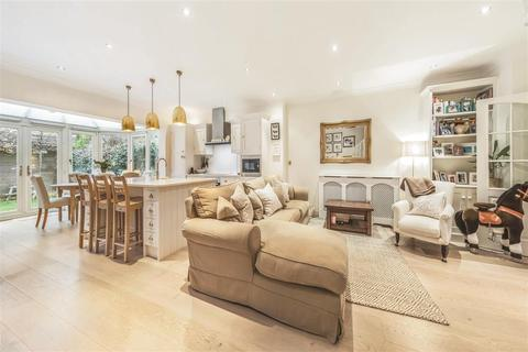 4 bedroom terraced house for sale - Wycliffe Road, SW11