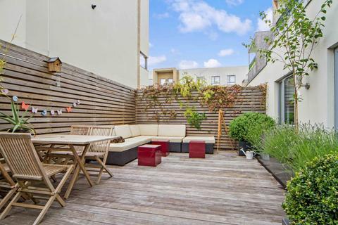 2 bedroom flat to rent - Fitzwilliam Road, Cambridge