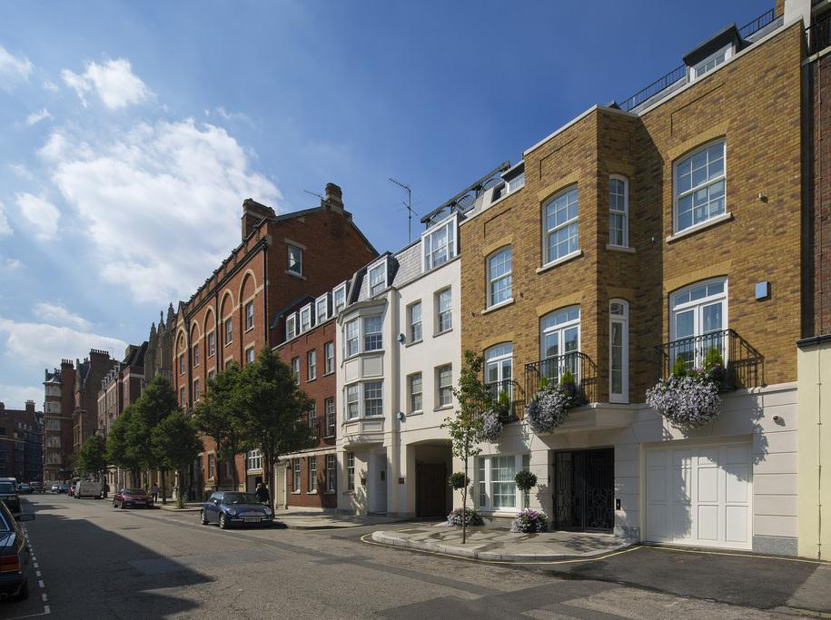 4 Bedrooms Town House for sale in Farm Street, Mayfair, London, W1J