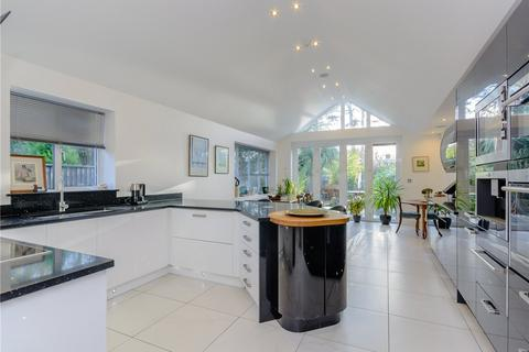 4 bedroom semi-detached house for sale - Blandford Avenue, Oxford, Oxfordshire, OX2