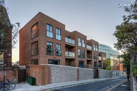 2 bedroom flat for sale - Kemptown House, Carlton Hill, Kemptown, Brighton, East Sussex