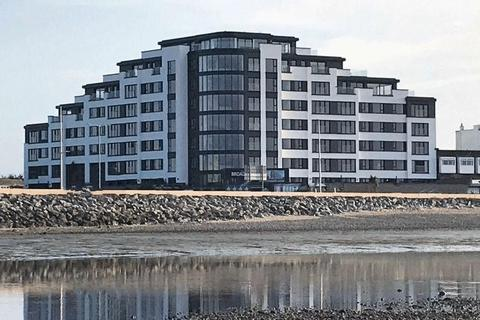 2 bedroom apartment for sale - The Broadway, Morecambe