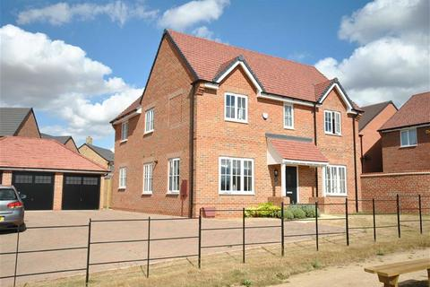 4 bedroom detached house for sale - Boughton