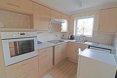 1 bedroom retirement property for sale - London Road, Redhill