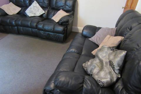 5 bedroom house to rent - Redshaw Street, Derby,