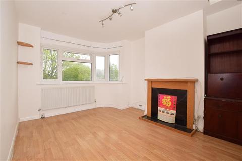 2 bedroom maisonette for sale - Green Wrythe Lane, Carshalton, Surrey