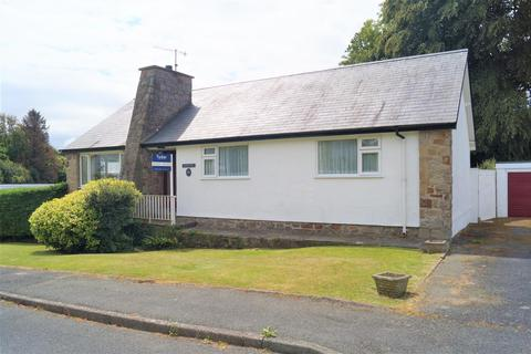 4 bedroom detached bungalow for sale - Glyn Y Mor, Llanbedrog, Pwllheli