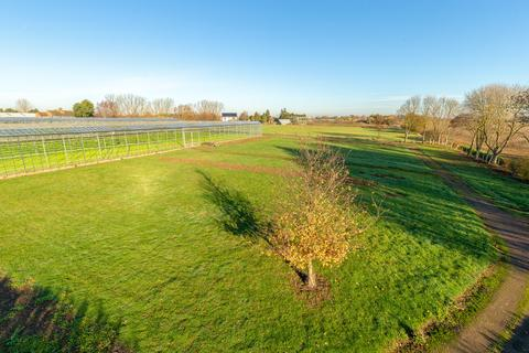 5 bedroom property with land for sale - Plot 2, 51 Middleton Way