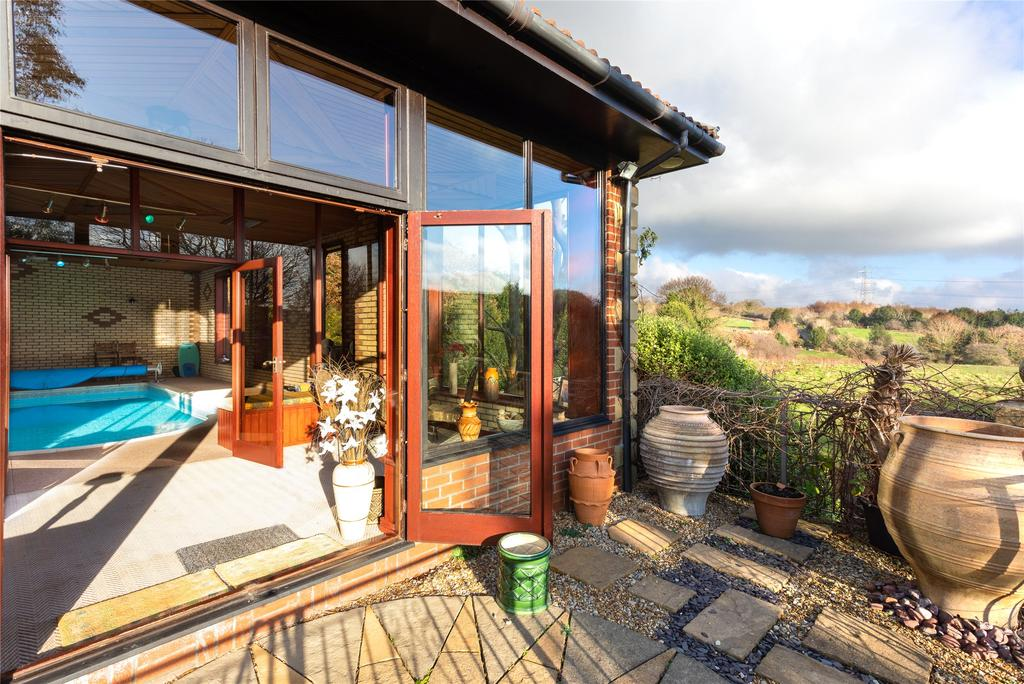 Garden Room/Terrace