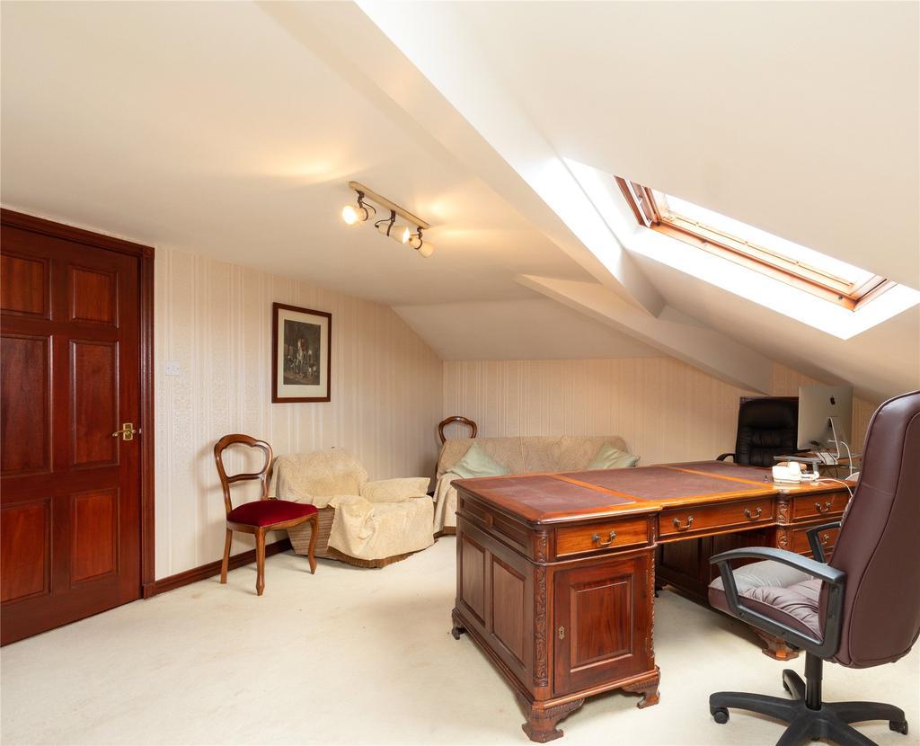 Bedroom/Home Office