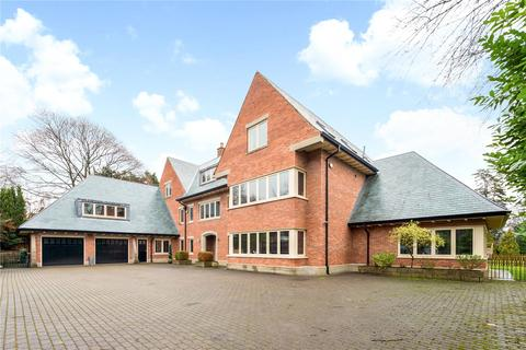 6 bedroom detached house to rent - Macclesfield Road, Prestbury, Macclesfield, Cheshire, SK10