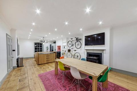 2 bedroom terraced house for sale - Scandrett Street, Wapping, London, E1W