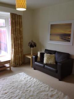 1 bedroom flat to rent - High Street, Harborne, Birmingham, B17 9NT