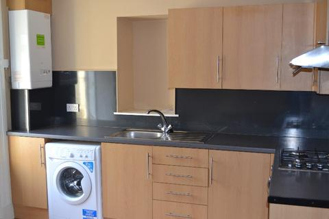 2 bedroom flat to rent - Springvale Street, Saltcoats, North Ayrshire, KA21