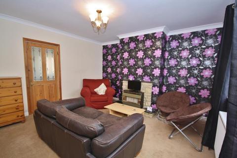 3 bedroom house - Canterbury Road, Guildford, Surrey, GU2