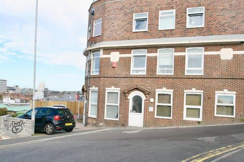 Studio to rent - Sussex Street, Brighton