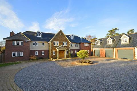 5 bedroom detached house for sale - Church Brampton