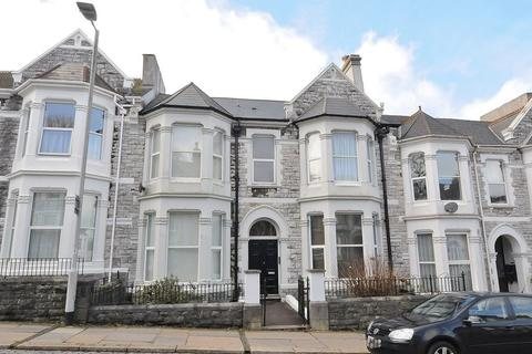 1 bedroom flat for sale - Sutherland Road, Mutley, Plymouth. A fabulous newly renovated 1 bedroomed flat in gorgeous building.