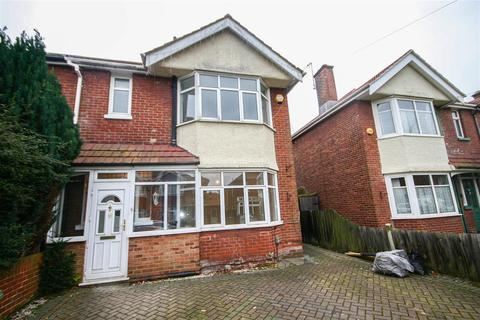 3 bedroom semi-detached house to rent - Fawley Road, Southampton
