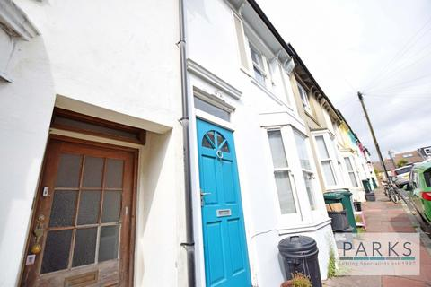 3 bedroom terraced house to rent - Roundhill Street, Brighton, BN2