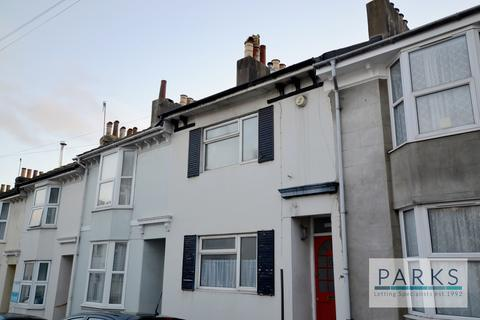 4 bedroom terraced house to rent - Inverness Road, Brighton, BN2