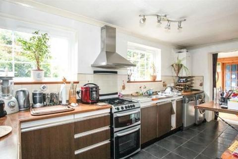 3 bedroom semi-detached house for sale - Extended Family Home on Redwood Drive, Sundon Park