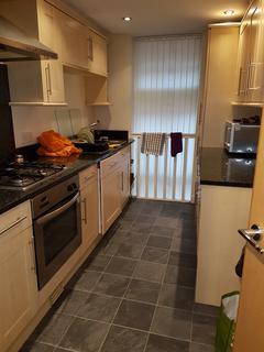 3 bedroom triplex to rent - Wilmslow Road M20