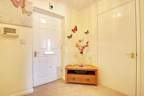 1 bedroom flat for sale - Moorfield Court, Witham, CM8