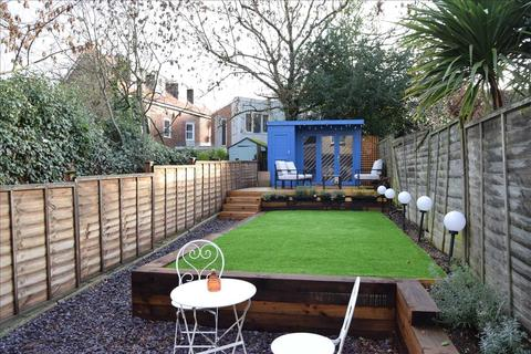 2 bedroom house for sale - Beehive Lane, Chelmsford