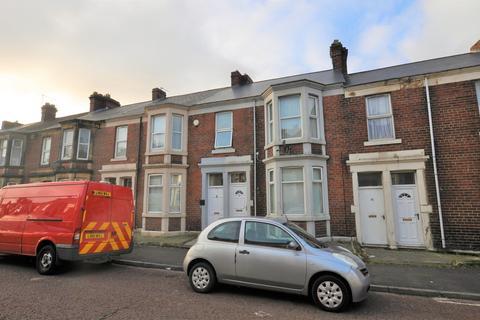 3 bedroom maisonette for sale - Saltwell Place, Gateshead