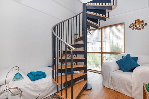 1 bedroom apartment for sale - Adventurers Court, Pond Garth, York City Centre, YO1