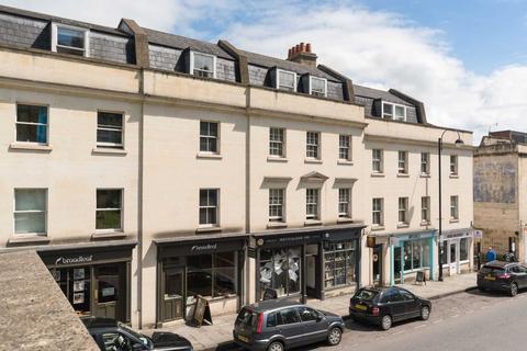3 bedroom apartment to rent - Walcot Street