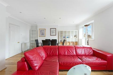 3 bedroom flat to rent - Elm Court, Acorn Walk, Rotherhithe
