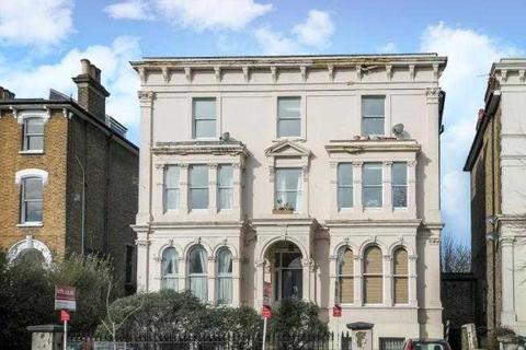 2 bedroom apartment to rent - Wickham Road, London