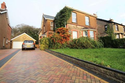 5 bedroom detached house for sale - Undy, Magor