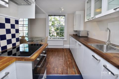 1 bedroom flat to rent - Tottenham Street, Tottenham Court Road W1T