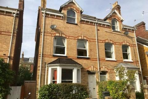 2 bedroom apartment to rent - Flat 2, 20 Raleigh Road