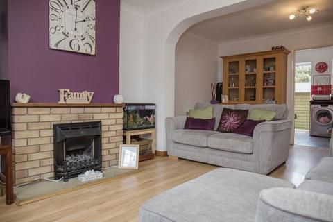 2 bedroom terraced house to rent - Montagu Road, Peterborough