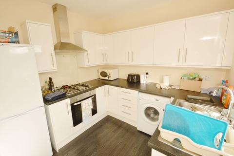 2 bedroom apartment to rent - Grenfell Road