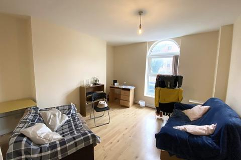 2 bedroom flat to rent - *NO STUDENT FEES 2021* Cottage Grove, Southsea