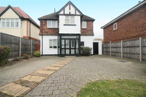 3 Bedroom Detached House For Sale Pinner Hill Road Pinner Middleha5
