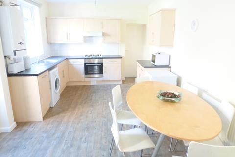 6 bedroom semi-detached house to rent - Broadgate, Beeston, NG9  2GG