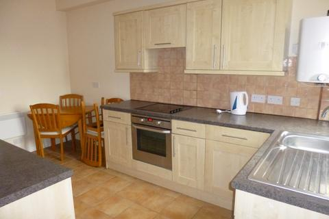 2 bedroom apartment to rent - High Road, Beeston, NG9 2LN
