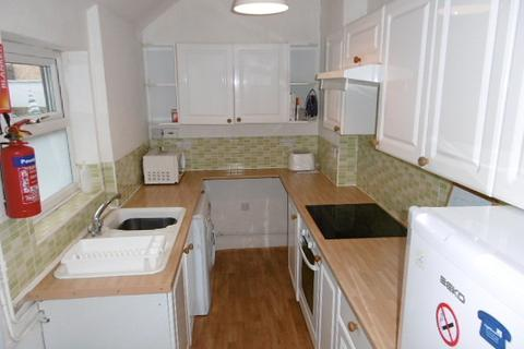 3 bedroom terraced house to rent - Evelyn Street, Beeston, NG9 2EU